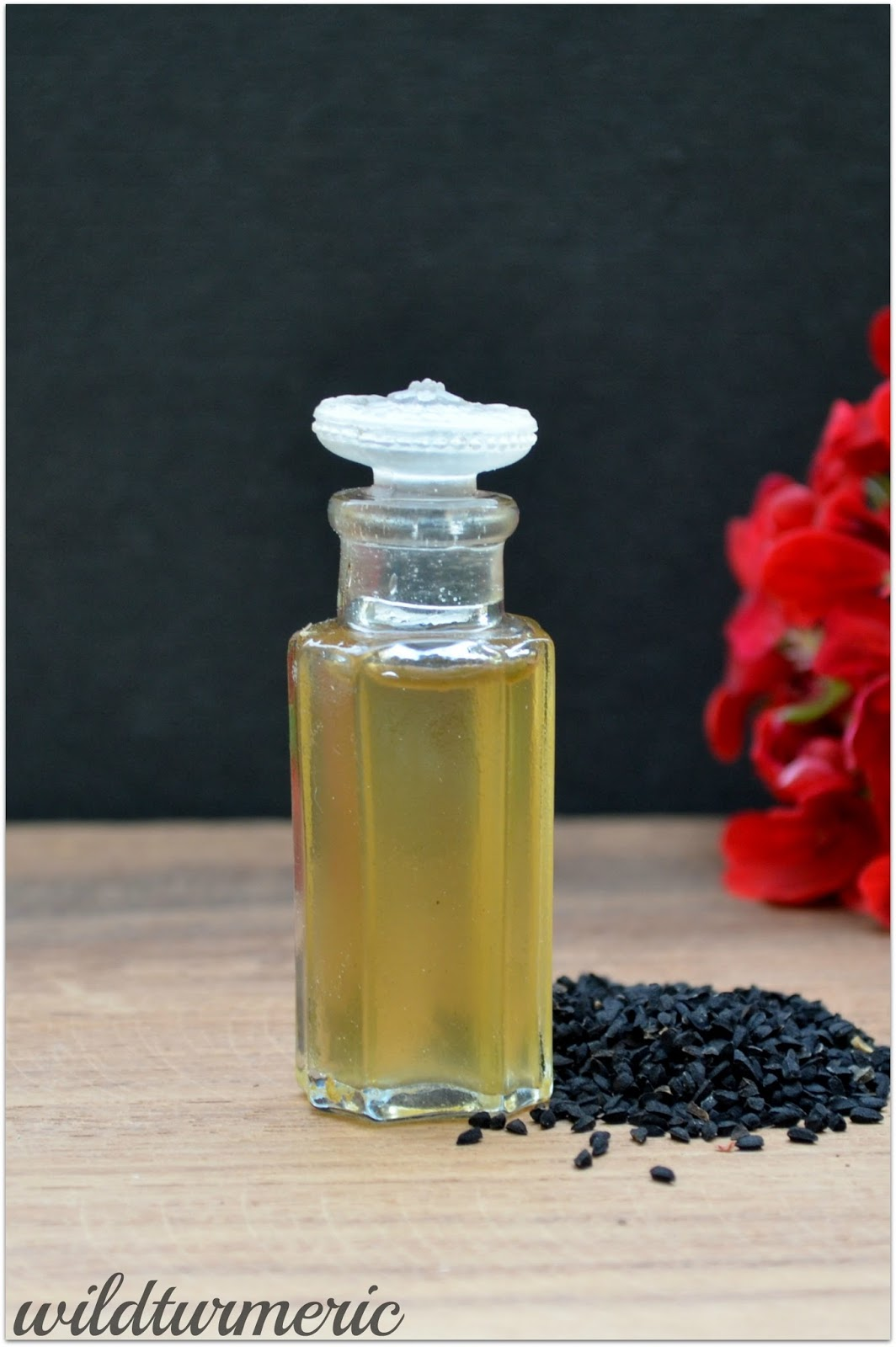 10 Top Medicinal Uses & Side Effects Of Kalonji Oil | Black Seed Oil (Karunjeeragam Oil)