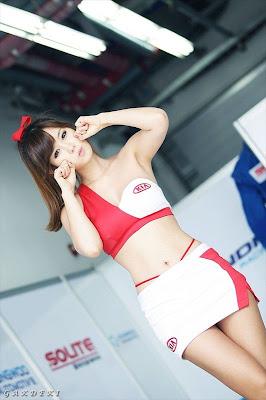 tkpgila.blogspot.com - Foto Hot Umbrella Girl Yang Bikin Mata Seger