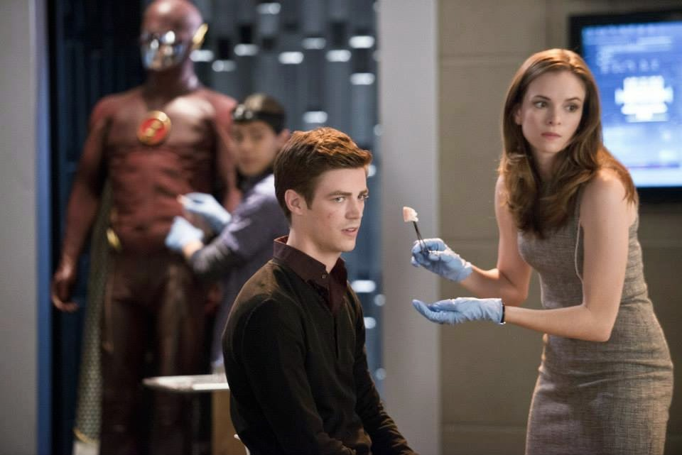 Grant Gustin and Danielle Panabaker as Barry Allen The Flash and Caitlin Snow in CW The Flash Season 1 Episode 2 Fastest Man Alive