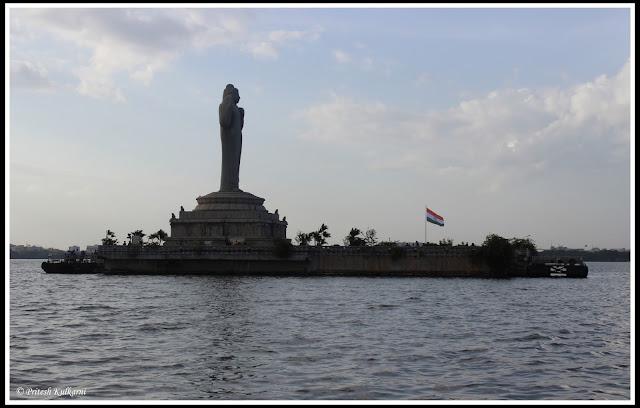 Hussain Sagar Lake & Buddha Statue