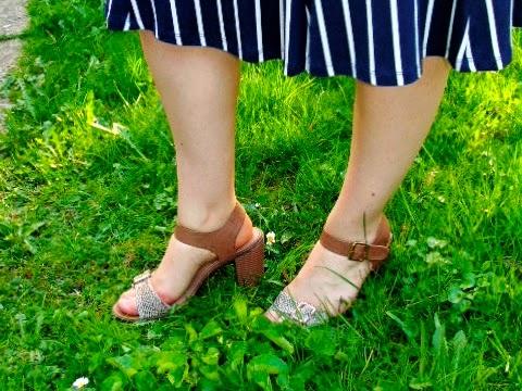 Beige 70s sandals
