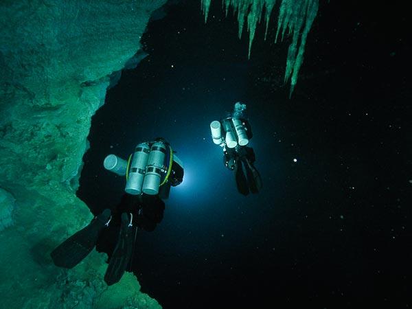 Το ξέρατε οτι στην Ελλάδα βρίσκεται το βαθύτερο σημείο της Μεσογείου