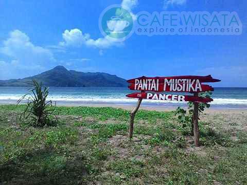 Pantai Mustika Banyuwangi Cocok Untuk Pemain Surfing Pemula