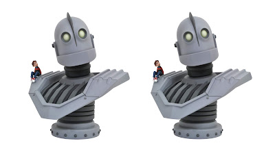 Legends in 3D The Iron Giant ½ Scale Resin Bust by Diamond Select Toys