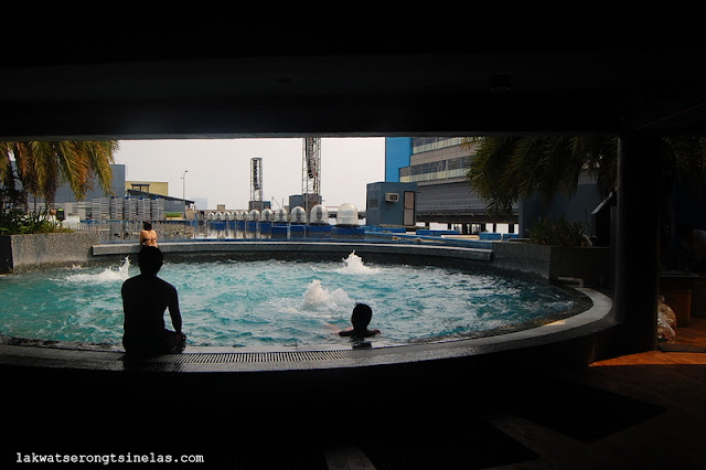 THE WATER WORLD WEEKEND AT HOTEL H20 MANILA