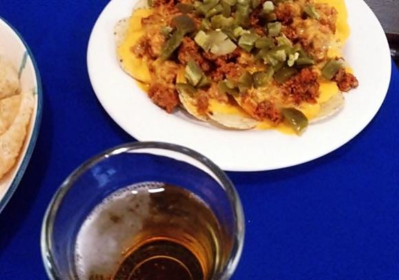 Nachos Con Carne Longaniza Y Queso