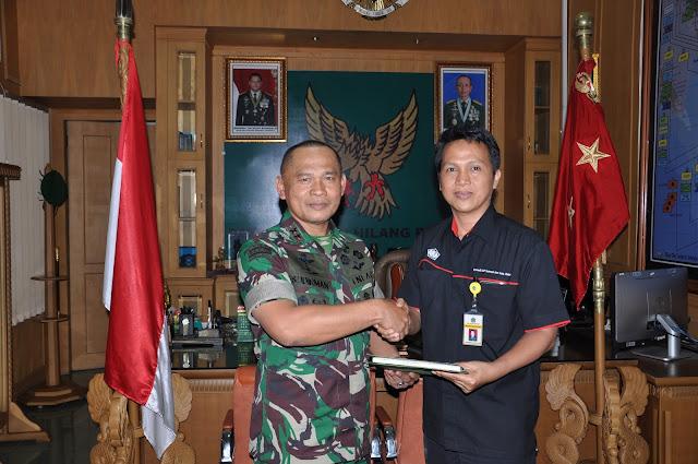 Panglima Kodam II/Sriwijaya, bukti cinta tanah air ikut Amnesti Pajak