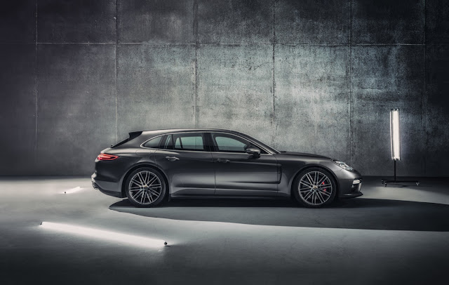 2018 Porsche Panamera Sport Turismo wagon