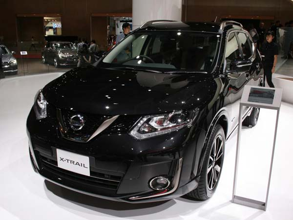 automobiles and motor cycle blog nissan launches qashqai and x trail black edition a more. Black Bedroom Furniture Sets. Home Design Ideas