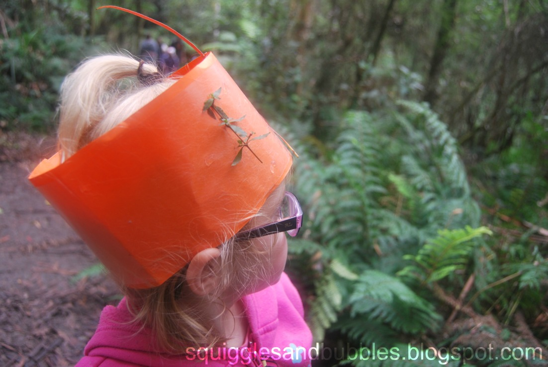 http://squigglesandbubbles.blogspot.com/2017/05/fairy-nature-crowns-hiking-with-kids.html