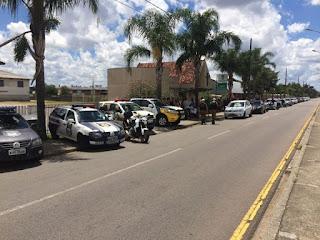 Enterro de policial morta na frente da família comove colegas: 'prioridade é solucionar', diz comandante