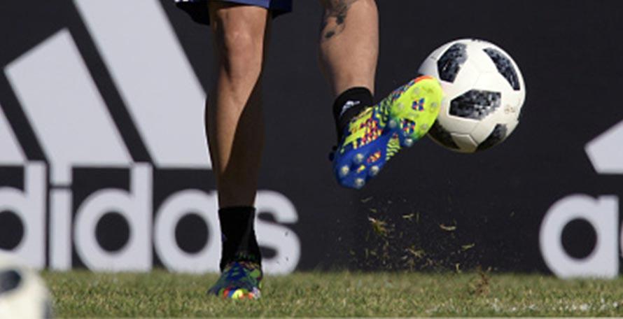 vollzieht BildDybala schockierenden Glitch Adidas NEUES thrdsQ