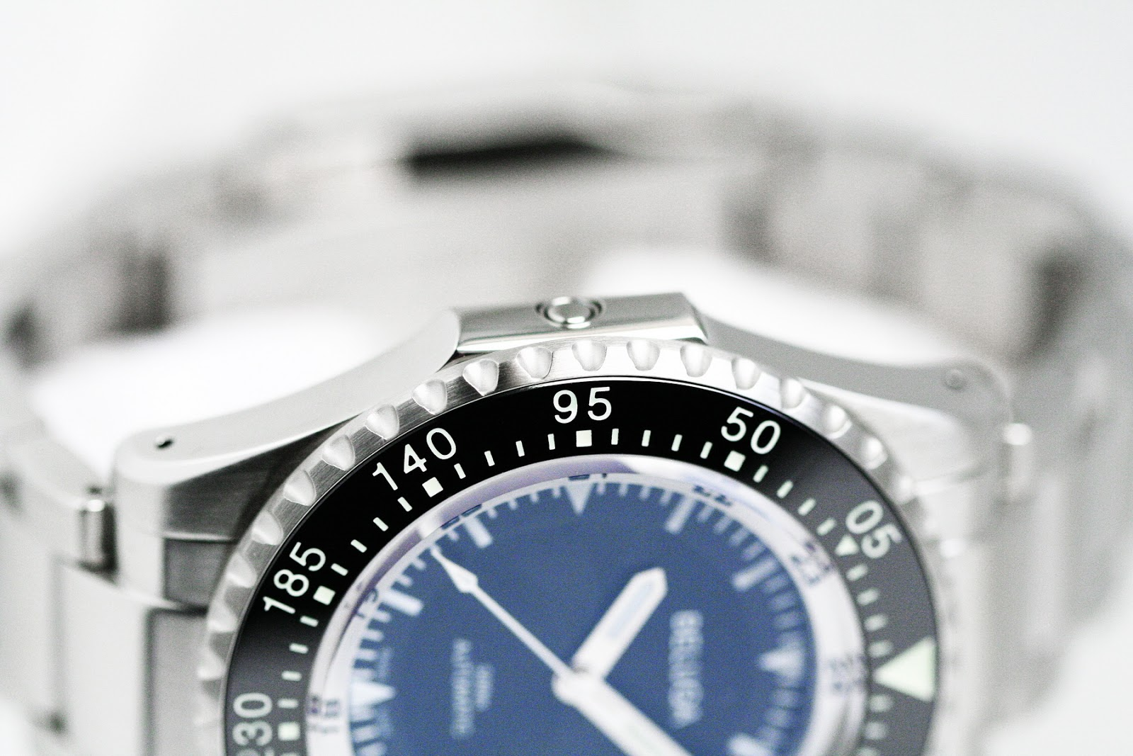 OceanicTime: MANCHESTERWATCHWORKS Beluga ASCENT [reinvention of dive