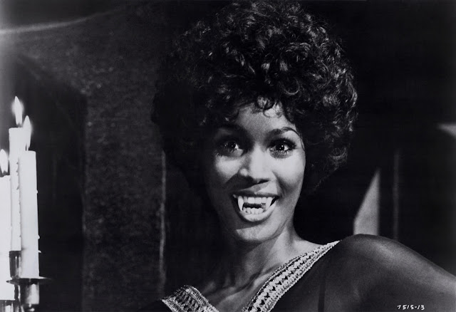 Teresa Graves - A Time For Us / We're On Our Way