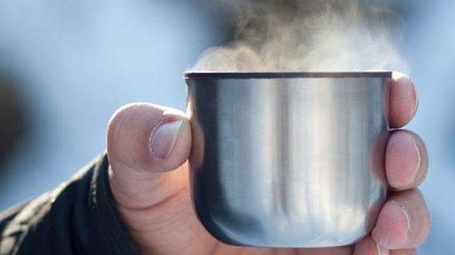 6 Manfaat yang Jarang di Ketahui Dari Minum Air Hangat