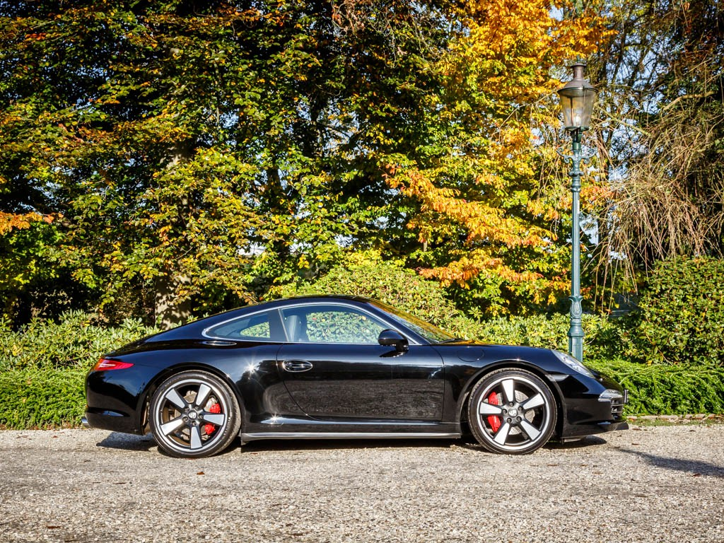 Porsche 911 50th - Phiên bản đặc biệt vời nhiều điều đặc biệt