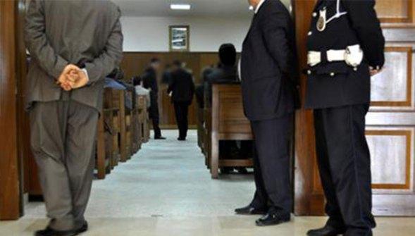 حواص داخل المحكمة ،، كوابيس وكواليس