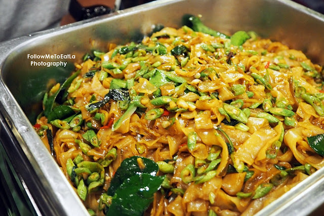 Stir Fried Pad See Eiw