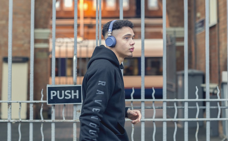 291c7255a70b31 COMPETITION: Win KitSound Harlem Wireless Headphones | The Test Pit