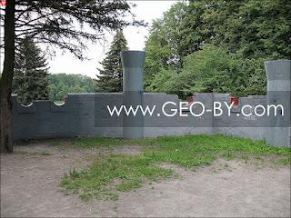 Минск. Парк у Комсомольского озера. Детский замок