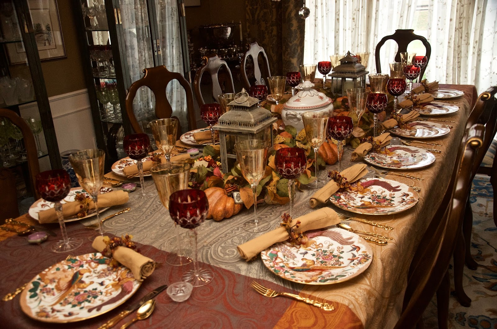 entertaining women a riot of thanksgiving colors