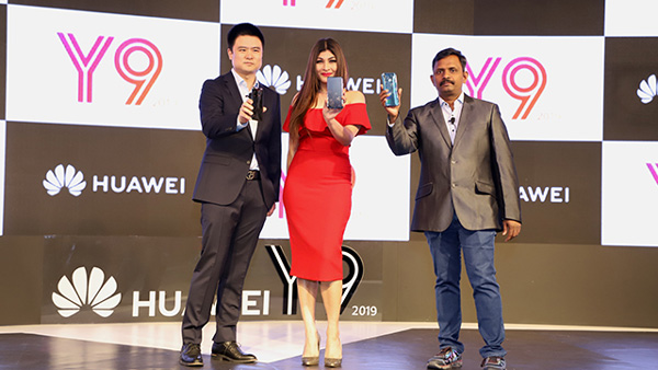 News, Mumbai, National, Business,Huawei unveils innovative FullView Display and incredible battery backup in its latest offering, HUAWEI Y9 2019 in India