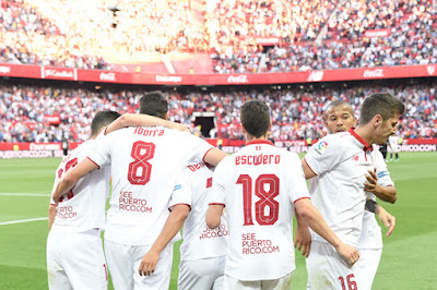 Crónica Sevilla FC 4 - Deportivo de la Coruña 2