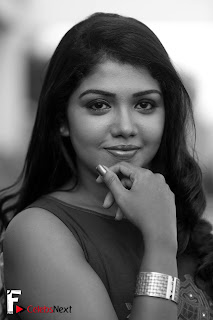 Actress Riythvika Portfolio Pictureshoot Gallery  0001