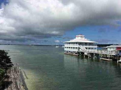 Hotel in East Harbour Utila
