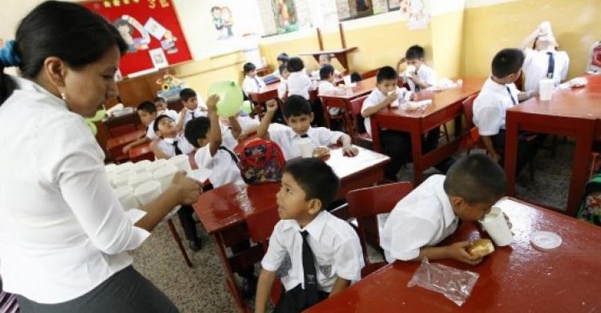 Reposición de docentes interinos quitaría 14 mil plazas a docentes con título profesional - www.gestion.pe