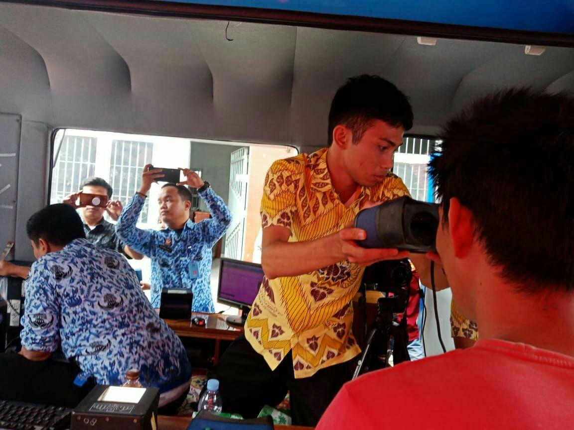 Sukseskan Pemilu 2019, Disduk Capil Bersama KPU Wajo Lakukan Perekaman KTP-el di Rutan Sengkang