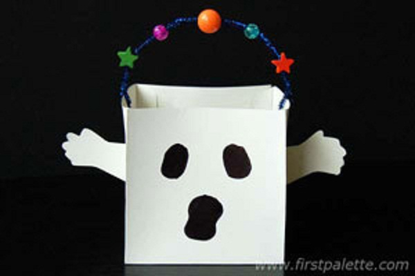 16 best Halloween craft ideas for kids. Easy Halloween paper craft ideas for kids to make in school. Ghost Trick-or-Treat Bag for Halloween treat. Halloween easy to make crafts for fun. Halloween simple craft for age 4-5 years. Halloween craft for party decoration. Spooky decoration for Halloween night party. Cute ghost treat bag craft for Halloween 2018. Easy paper craft ideas for kids. Simple scary Halloween décor ideas.