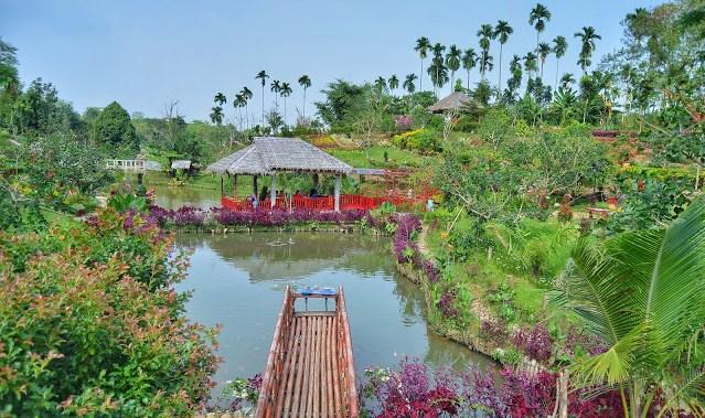 Taman Bunga Romantis The Lu Hu Garden