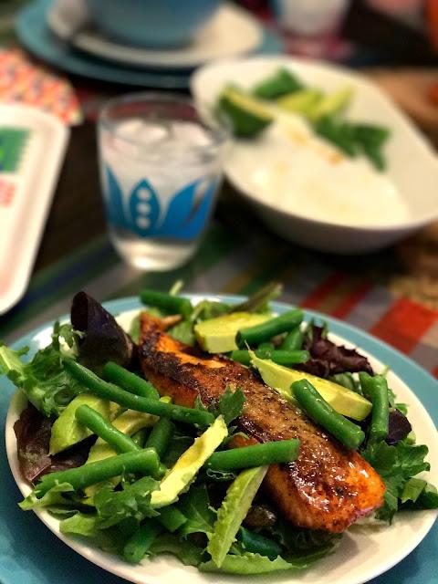 Food Hussy Recipe Salmon Amp Avocado Salad The Food Hussy