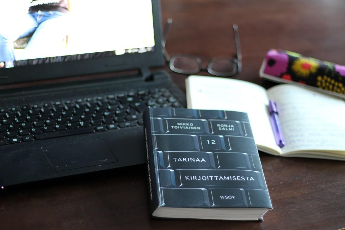 Rouva Sana, Sisältötoimisto Rouva Sana. blogi, bloggaaminen, 12 tarinaa kirjoittamisesta