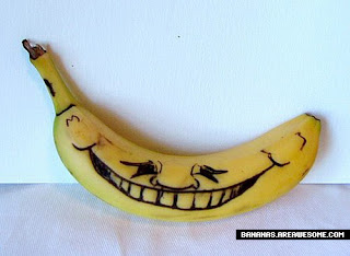 فنــــــــــــووون المــــــوز banana-smiley-face-f