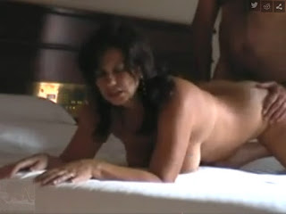 fucking-married-mature-woman-hotel
