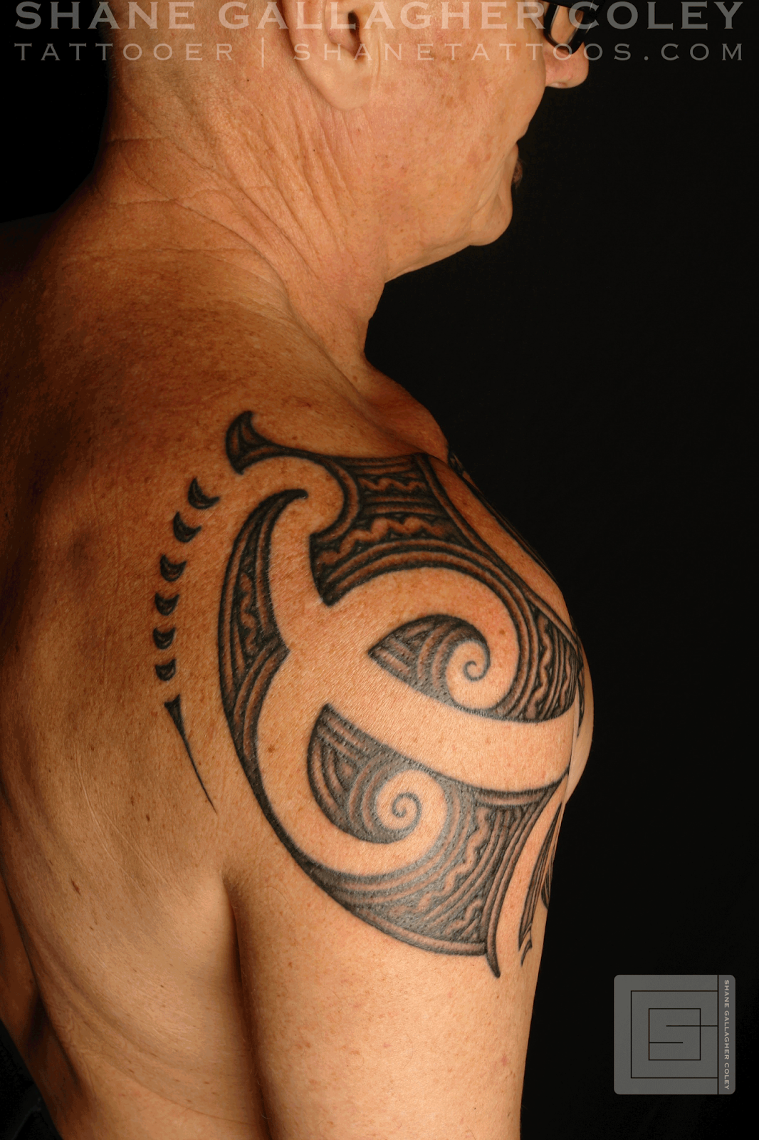 MAORI POLYNESIAN TATTOO: Maori Shoulder Chest Ta Moko/Tattoo