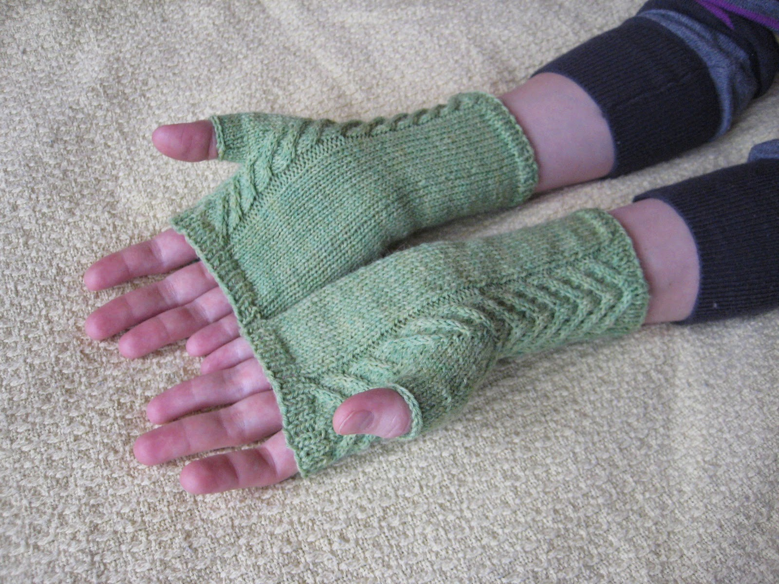 Staghorn Fingerless Gloves