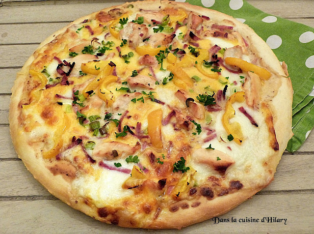 Pizza poulet-bacon sauce moutarde et miel