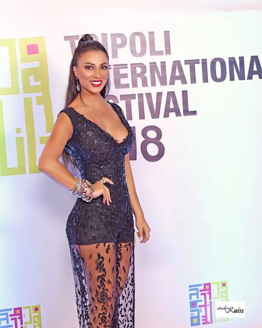 اليان خوند بفستان شفاف في مهرجان طرابلس الدولي