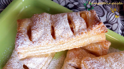 Fagottini di pasta sfoglia con le mele - Ricetta veloce con la pasta sfoglia