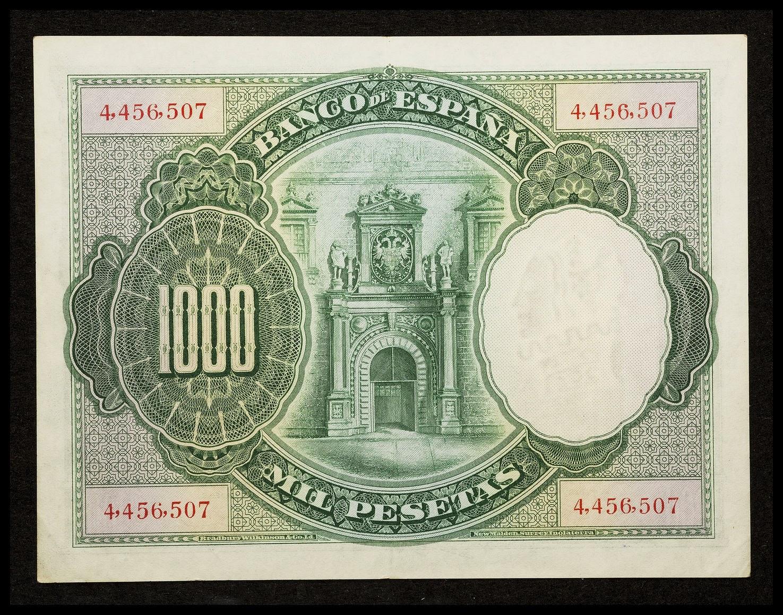 Spain money currency 1000 Pesetas banknote 1925 Central door at Alcázar de Toledo