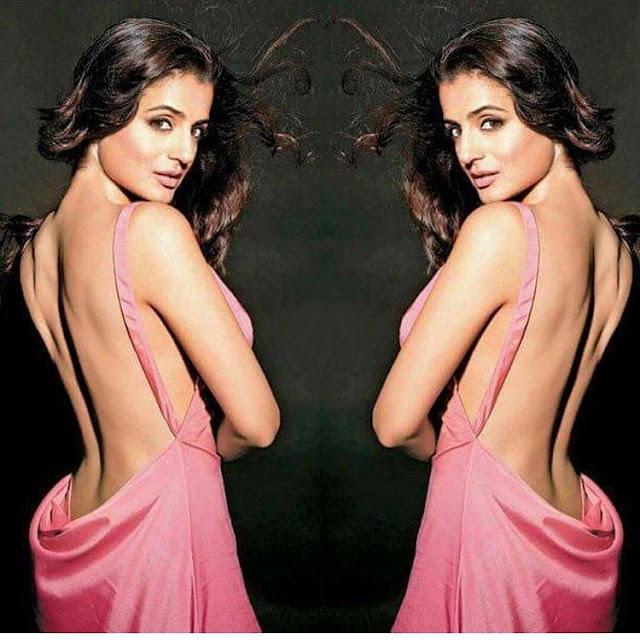Actress Ameesha Patel Sexy Images