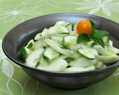 Cucumber Salad with Lime & Fresh Mint ♥ AVeggieVenture.com. Low Carb. WW1.