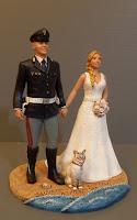 sculture per torta matrimonio sposi miniatura spiaggia gattino statuine lombardia orme magiche