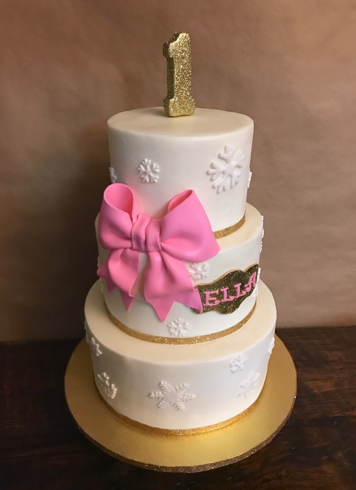 Cakes by Mindy: Pink and Gold Winter Wonderland Cake 6\