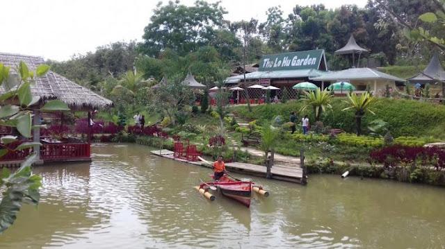 Taman The Le Hu Kecamatan Deli Tua Barat