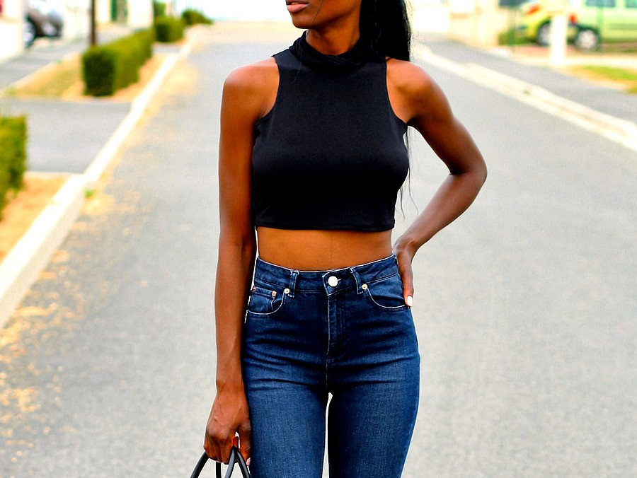 mom-jeans-crop-top