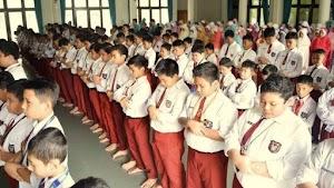Keren, Setiap Pagi Siswa SD Ini Wajib Shalat Dhuha